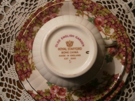 Royal Stafford Olde English Garden China Trio